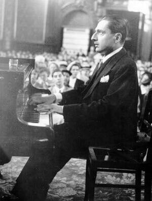 Dinu Lipatti la ultimul său recital, Besançon, 16 septembrie 1950. Fotografie din arhiva Bibliotecii Naționale a Franței