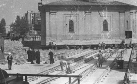 Translarea Bisericii Sfântul Ilie Rahova din București