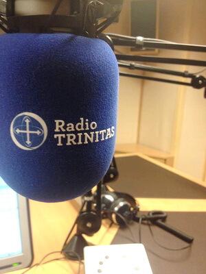 radio trinitas studio microfon