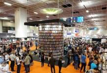 Salonul-de-carte-Torino