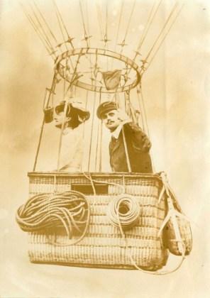 Charles Stewart Rolls în balon. Sursa: Wikipedia