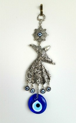 Talisman Derviș cu mărgica de deochi, obiect de decorațiune din Turkish Bazaar, Toronto, Canada
