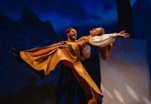 """Imagine din spectacolul """"Prâslea cel Voinic și merele de aur"""" © Teatrul Excelsior. Foto: Vlad Catană"""