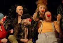 """Imagine din spectacolul """"Yakish și Pupce"""" de Hanoch Levin, Teatrul Cameri din Tel Aviv"""
