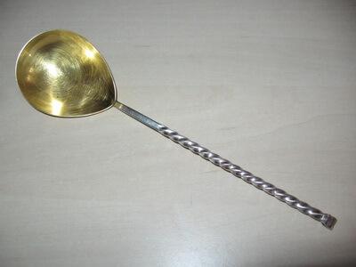 Lingură de argint placată cu aur