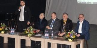 """Colocviile """"Brâncuși"""", Târgu Jiu, februarie 2019. De la stânga la dreapta: Adrian Tudor, Serge Fauchereau, Radu Boroianu, Pavel Șușară și Doru Strîmbulescu"""