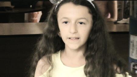 "Marina-Karina-Christine Zaharia, 10 ani, Şcoala gimnazială ""Mihu Dragomir"", Brăila"