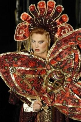 """Florina Cercel în """"Lucrezia Borgia"""" de Victor Hugo, TNB, 2006"""