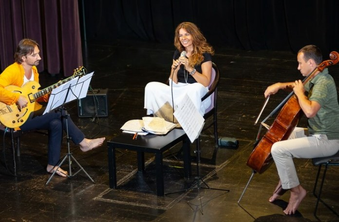 Teodora Enache, Călin Grigoriu și Răzvan Suma. Foto: Andrei Popovici