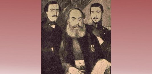 """Vornicul Alecsandri și fiii săi, Vasile și Iancu. Foto: """"Luceafărul"""", nr. 11, 1905"""