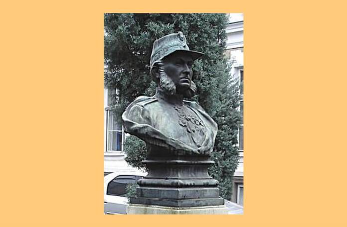 c brancusi bustul generalului Carol Davila