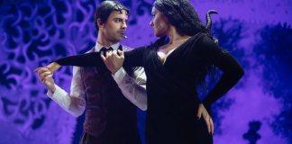 """Lucian Ionescu și Camelia Pintilie în spectacolul """"Familia Addams"""". Foto © Vlad Catană. Sursa: Teatrul Excelsior"""
