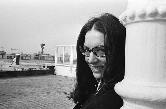 Nana Mouskouri. Sursa: Wikimedia Commons