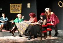 """""""Cinci femei de tranziție"""". Fotografie de Florin Ghioca, TNB"""