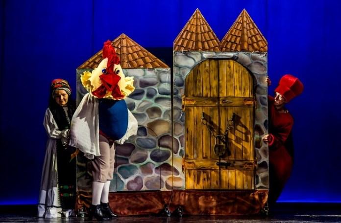 """""""Punguța cu doi bani"""". Sursa foto: Teatrul """"Gulliver"""" din Galați"""