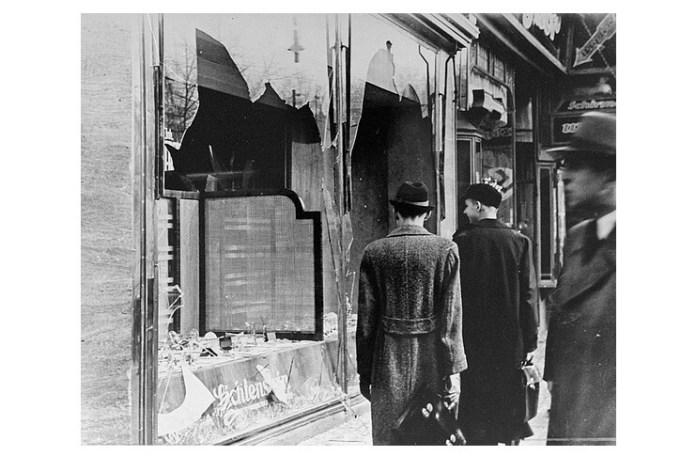 10 noiembrie 1938: magazin distrus în Noaptea de cristal