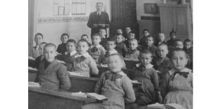 scoala romaneasca interbelica