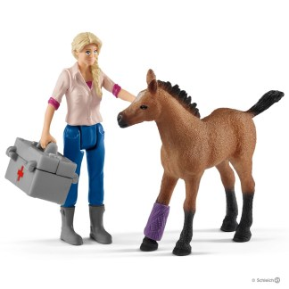 Vet Visiting Mare and Foal (Schleich 42486) | LeVida Toys