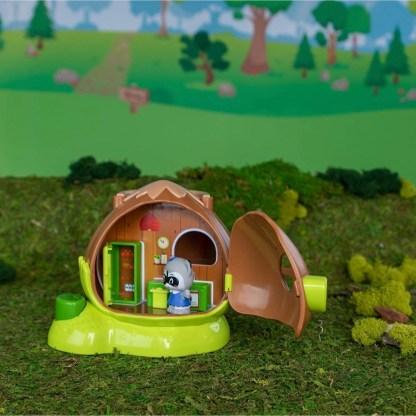 Timber Tots Hazelnut House and Timber Tot figure | LeVida Toys