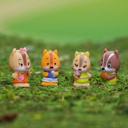 Timber Tots NutNut Family of four figures   LeVida Toys