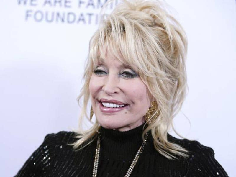 Ever Seen Dolly Parton Without Wig