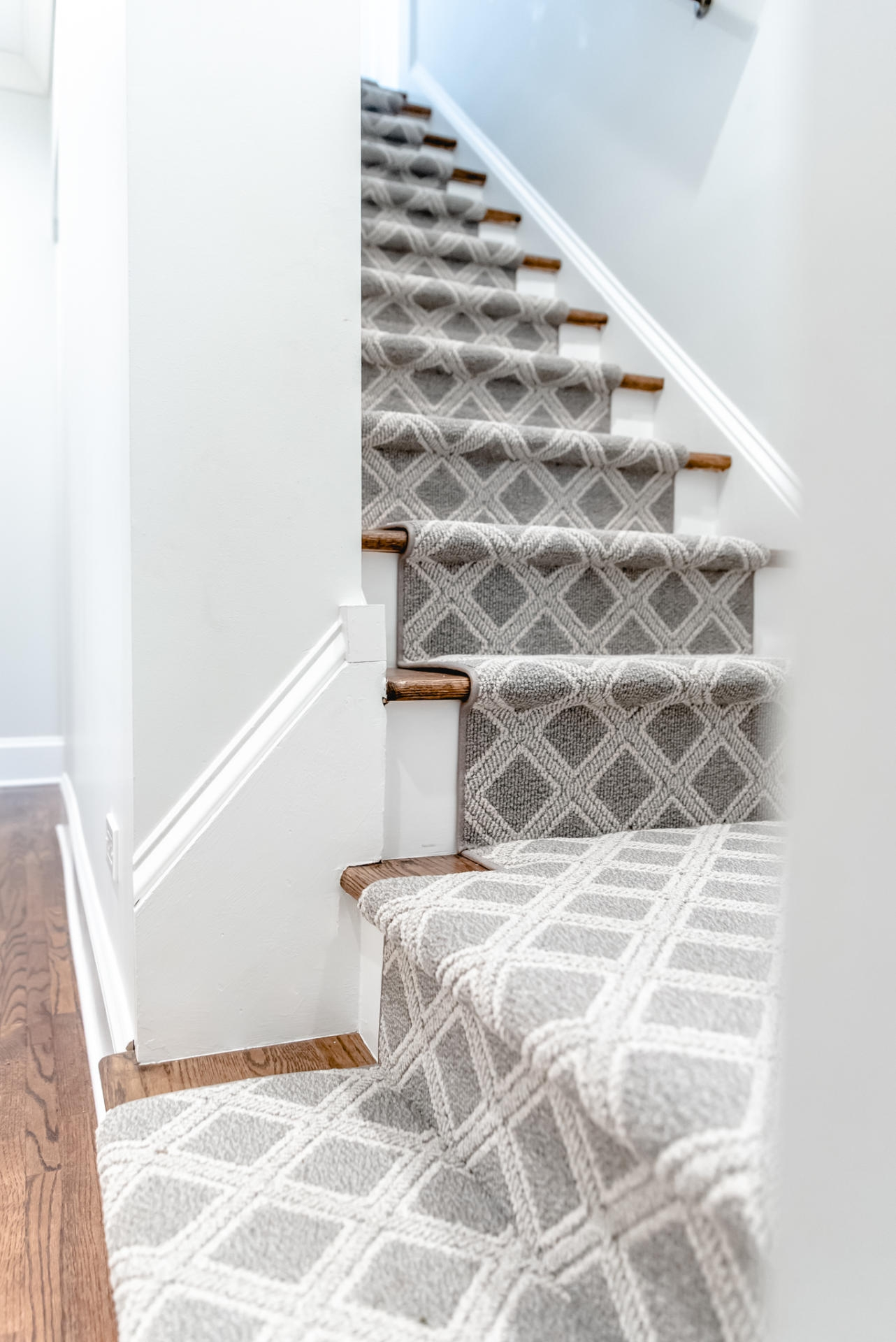 Stair Carpet Gain Inspiration And View Stair Carpet Projects | Spiral Staircase Carpet Runners | Staircase Ideas | Staircase Railings | Stair Case | Beige Carpet | Sisal Stair