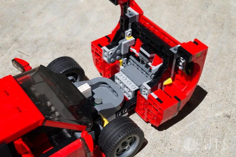 Lego Ferrari F40 front trunk open