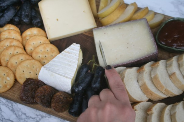 Make a Bomb Cheese Plate on lexeats.com_4