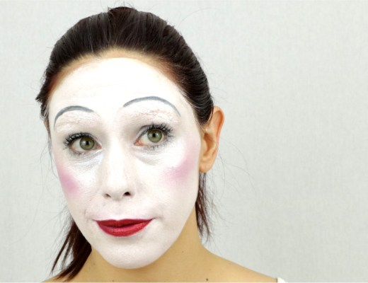 MSC blanc maquillage mime une 2