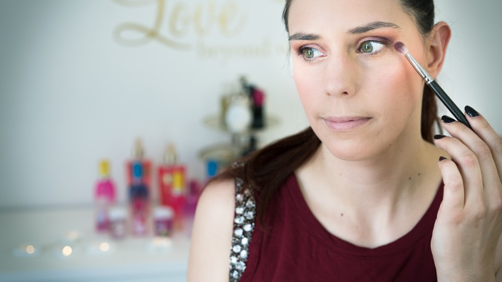 14Maquillage Huda Beauty Stéphanie Page