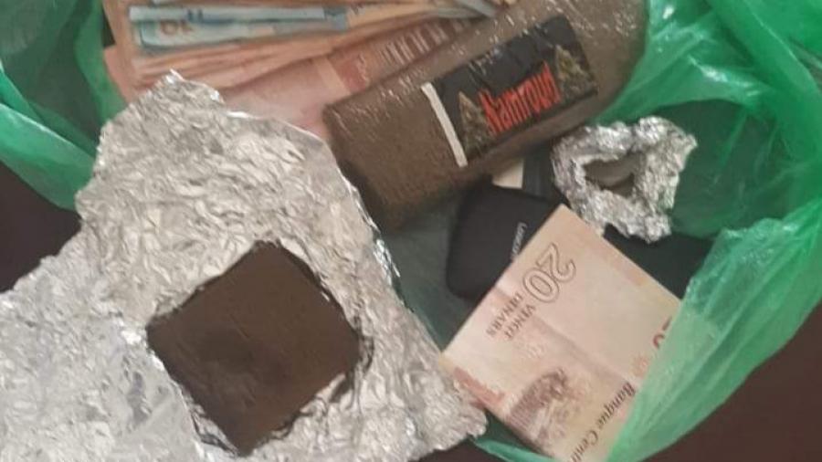 جندوبة: الإيقاع بمروّج مخدرات وحجز كمية من الزطلة و مبلغ مالي