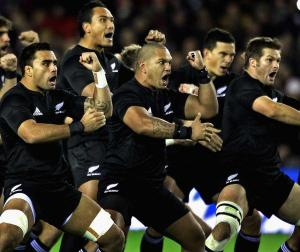 Les All Blacks font le haka
