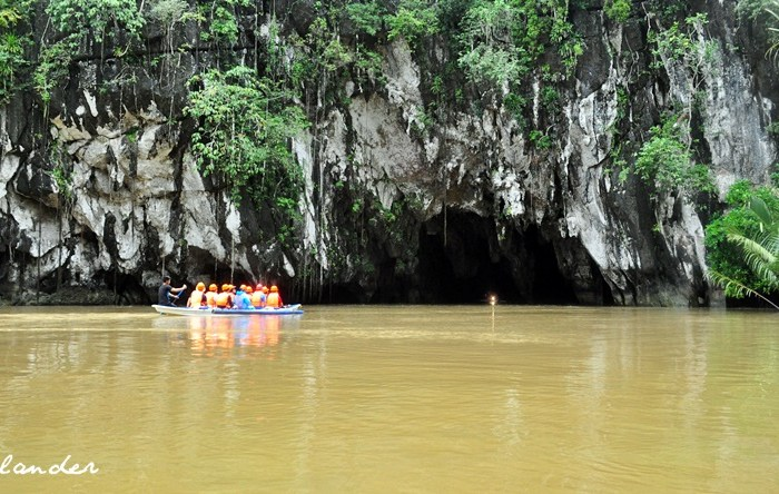A Nerve-Wracking Trip to the Underground River in Puerto Princesa, Palawan