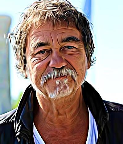 homme à moustache
