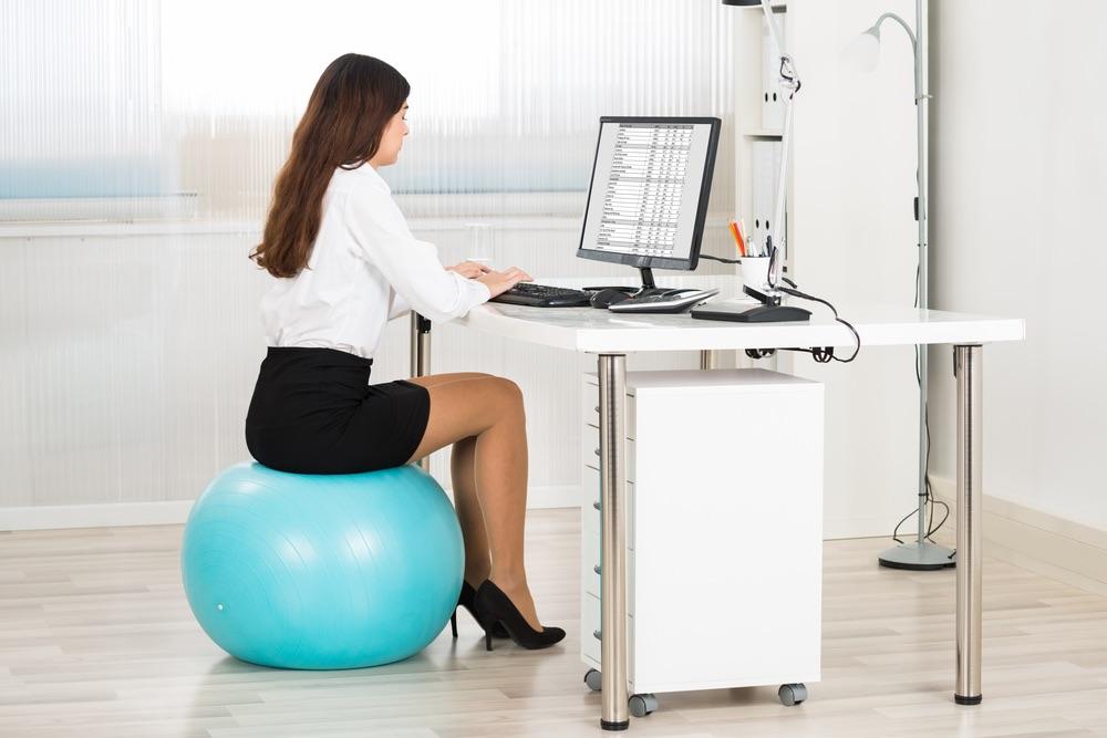 un ballon au bureau j ai ose pourquoi pas vous les z equilibres heureux