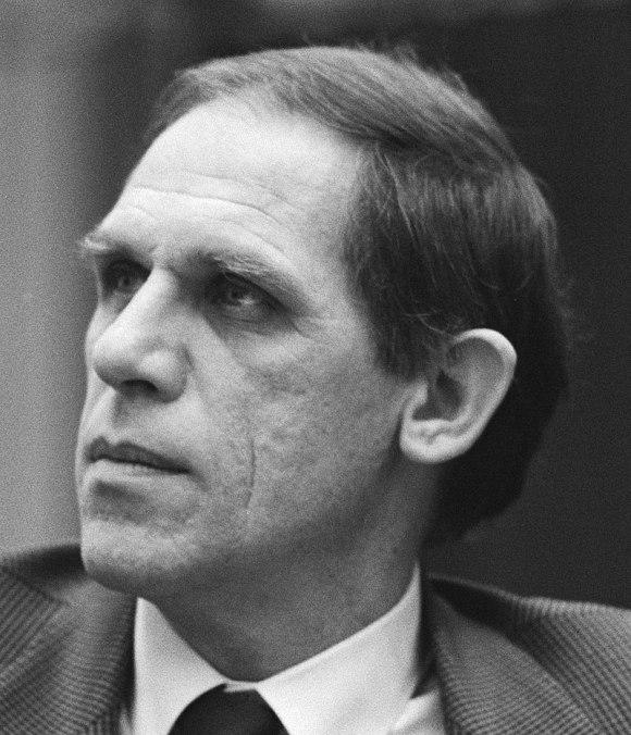 Hans Dijkstal in 1985