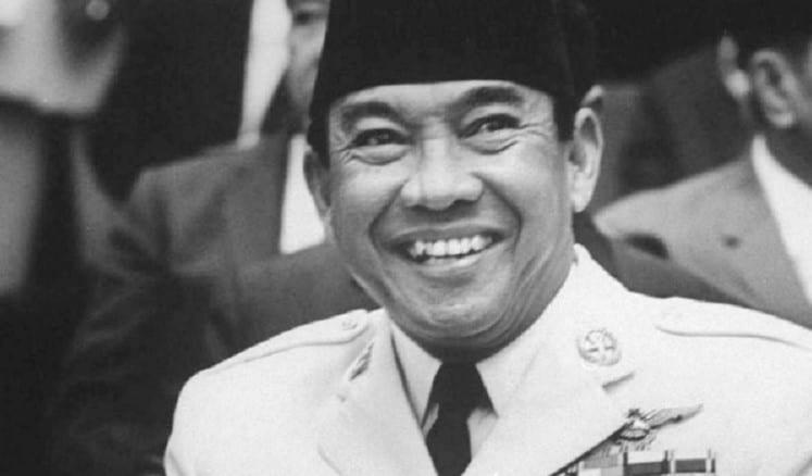 Ringkasan Biografi Soekarno