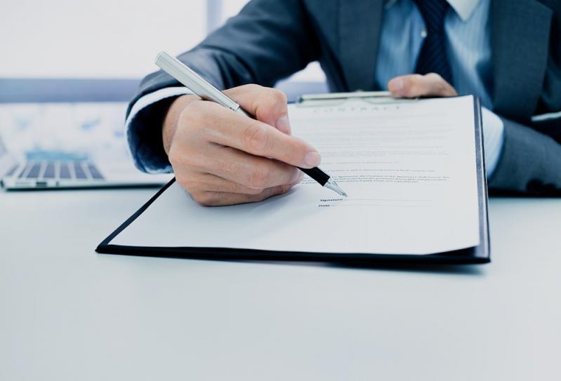 Mengapa Surat Perjanjian Kerja Karyawan Tetap Dibutuhkan