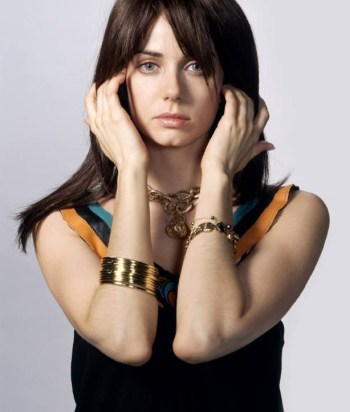 A picture of the character Jenny Schecter - Years: 2004, 2005, 2006, 2007, 2008, 2009