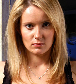 A picture of the character Natalie Buxton - Years: 2004, 2005, 2006