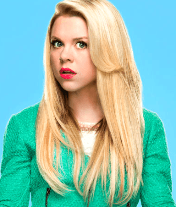 A picture of the character Lauren Cooper