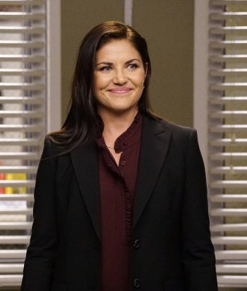 Eliza Minnick - A consultant hired by Grey Sloan Memorial Hospital to revamp their surgical residency program. She pursues pretty hard Arizona in season 13.