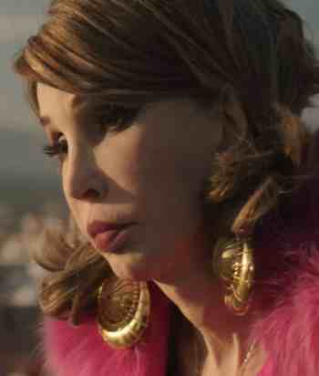 A picture of the character Cristina Onassis