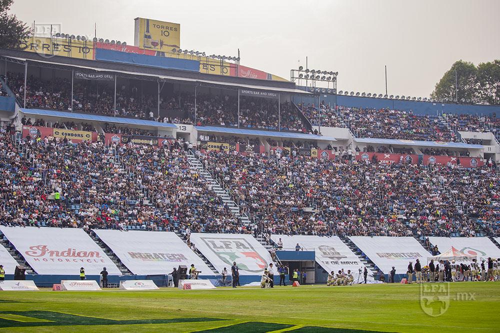 Galería: La tribuna del Tazón México IV