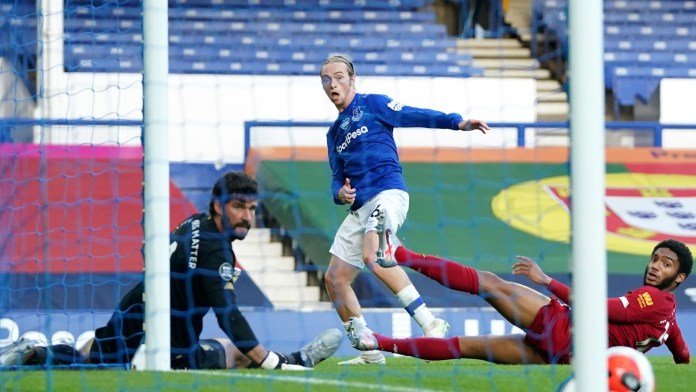 Tom Davies vs Liverpool