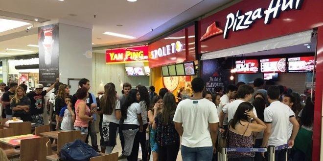 Inscrições para 55 vagas de emprego na Pizza Hut vão até quinta; salários são de R$ 2,5 mil