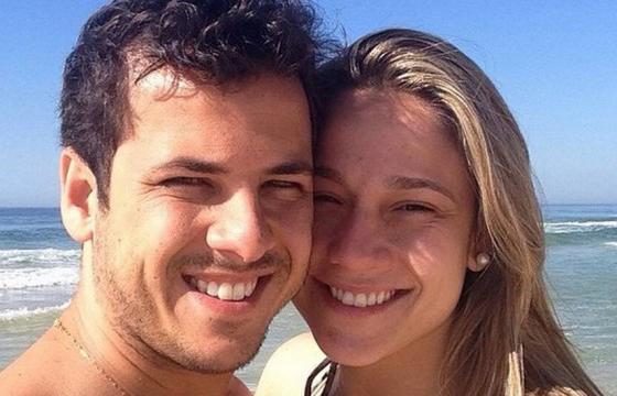 """Fernanda Gentil fala sobre o fim do casamento: """"Nada do que foi escrito antes vai ser apagado"""""""
