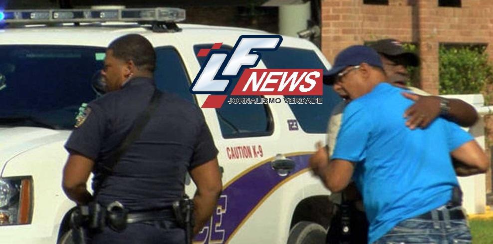 Policiais são emboscados e três morrem em Louisiana, Estados Unidos