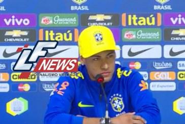 Neymar se irrita com pergunta em coletiva: 'Eu posso e vou para a balada'