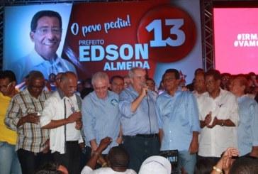 Simões Filho: prefeito Eduardo Alencar muda candidato aos 45 minutos do 2º tempo